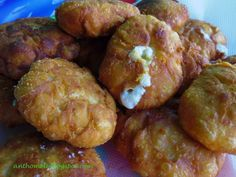 Cheese Biscuits, Finger Foods, Sausage, Pizza, Meat, Cooking, Breakfast, Ethnic Recipes, Kitchen