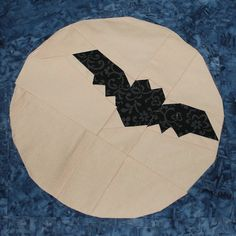 Wings In The Moonlight Paper Piecing Pattern - Halloween paper pieced blog hop