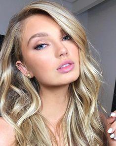 57 Trendy Soft Bridal Makeup Natural Looks Brows Glam Makeup, Bride Makeup, Hair Makeup, Eye Makeup, Angel Makeup, Makeup Dupes, Makeup Products, Soft Bridal Makeup, Wedding Hair And Makeup