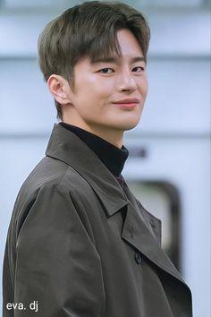 Seo In Guk, Seo Joon, Handsome Korean Actors, Handsome Boys, Drama Korea, Korean Drama, Park Bo Young, Star Wars, Kdrama Actors