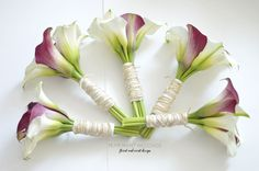 Calla Lily Classic. White and Purple Bouquet. | Toronto Luxury Wedding Flowers and Decor | Peppermint Weddings
