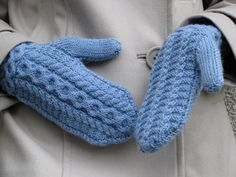 Ravelry: Musica pattern by Lilia Mankki Knitted Gloves, Fingerless Gloves, Wrist Warmers, Hand Warmers, Hand Knitting, Knitting Patterns, Knit Or Crochet, Design Trends, Mittens