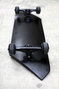 Design / Monolith Skate