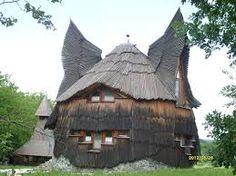 Owl House by Imre Makovecz Organic Architecture, Concept Architecture, Futuristic Architecture, Beautiful Architecture, Architecture Details, Gaudi, Architecture Organique, Installation Architecture, Magic House