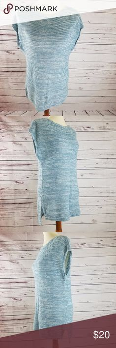 """Old Navy Casual Short Sleeve Sweater Sz Small Old Navy Women's Green & White Lightweight Casual Short Sleeve Sweater Sz Small   armpit across 19"""" shoulder to hem 27""""  100% Cotton Old Navy Sweaters"""