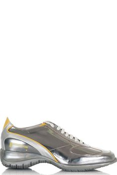 Buy online woman sneakers in leather and fabric by Pirelli PZero  for € 45,00 on Luxyuu. Available now sneakers leather upper and fabric stitching rubber sole patent leather details logo composition: leather and fabric color: silver http://www.luxyuu.com/pirelli-pzero-sneakers-in-leather-and-fabric-P11280.htm