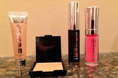 Beauty Test Dummies: Buxom Glow and Tell kit Glow, Lipstick, Kit, Makeup, Beauty, Beleza, Make Up, Lipsticks, Cosmetology