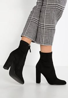 Steve Madden EDITT - High heeled ankle boots - black for £85.00 (27/08/16) with…