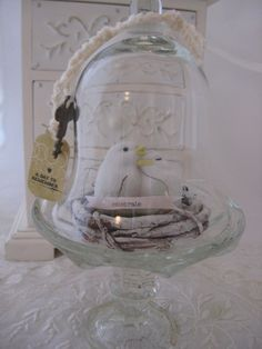 1000 images about cloche and apothecary on pinterest for Mica decoration cloche