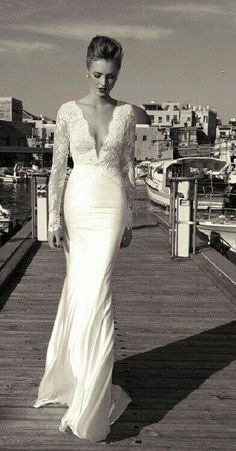 Wedding gown.  Absolutely gorgeous!!!!