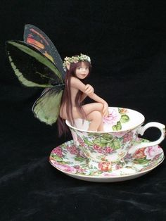 Cheri Hiers - Faeries ♥ Amy Brown Fairies, Elves And Fairies, Fantasy Images, Fantasy Art, Teacup Crafts, Elephant Tattoo Design, Butterfly Fairy, Fairy Figurines, Baby Fairy