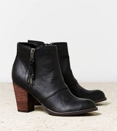 Black Double Zipper Bootie   American Eagle Outfitters