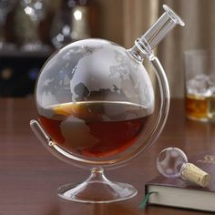 Whisky Wine Etched Globe Spirits Decanter
