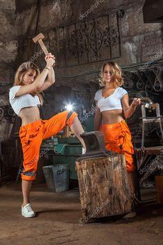 Résultats de recherche d'images pour « female blacksmith »