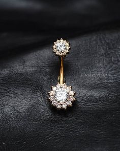 ◎COMBINED SHIPPING - You will pay shipping cost of first item only.  Made out of surgical steel, high quality zircon.  Gauge: 14, bar length: 11 mm. Charm dimension: 11mmx11mm. End dimension: 7.8mmx7.8mm.  Note: Only the upper part can be screw off, pls note, thanks.  ◎Shipping, return, refund? Please visit my store policy: https://www.etsy.com/shop/JennySweety/policy  ◎Questions about how to buy? Please visit: https://www.etsy.com/help/article/339  ◎Special request or you have a question…