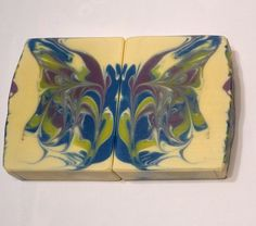 Hello everybody,  So this is my butterfly swirl soap, hope you like it. I have never done this and also have never tried a challenge so if I missed writing something down, please let me know. The soap smells like Spa Tonic.