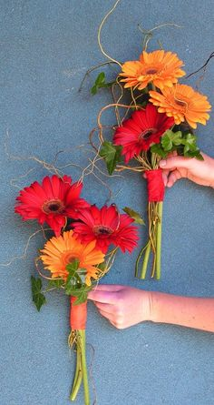 simple dahlia bouquet | 25. Some times it only take a few flowers to create a simple bouquet ...