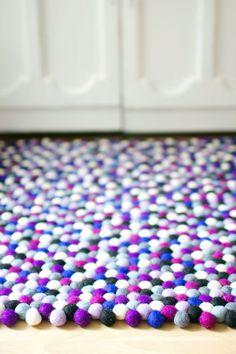 Filzkugelteppich selbst gestalten #filzkugel #filzkugelteppich #felt #rug #carpet
