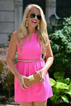 miranda-van-der-lei:  A little pink to brighten your day.