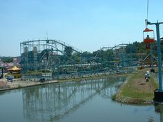 Americana in Ohio was an amusement park that my family could afford. I miss this place so much. It is to bad that it closed up. I remember going there many times. Riding the sky lift, screeching eagle, and the log flume. I wish I could have shared this place with my kids.