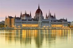Cheapest flights from your departure city to Budapest, Hungary. Find your cheap flights to Budapest with FlyLink at discounted prices on your airfare. Places Around The World, Travel Around The World, Around The Worlds, Most Beautiful Cities, Wonderful Places, Places To Travel, Places To See, Architecture Antique, Voyage Europe