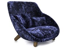 Love Sofa high back by Marcel Wanders for Moooi.