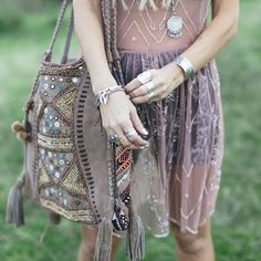Hippie gadgets, bag and jewelry accessories. For more followwww.pinterest.com/ninayayand stay positively #pinspired #pinspire @ninayay