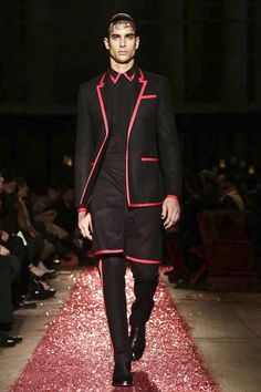 Givenchy Mens - Paris  #2015 #2016, #automne #hiver, #Givenchy #collection, #hommes, #Mens, #menswear, #Mode, #Fashion #parisfashionweek #fall #winter #Style