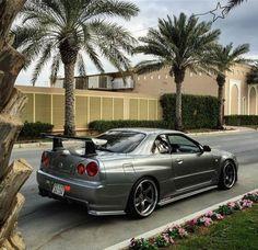Nissan Skyline GT-R Owner: Photo: please tag R34 Gtr, Nissan Gtr Skyline, 2015 Nissan Gtr, Jdm Wallpaper, Street Racing Cars, Cars Usa, Tuner Cars, Japan Cars, Top Cars