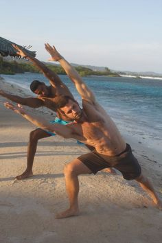 Two guys doing yoga at the beach. More inspiration at Bed and Breakfast Valencia Mindfulness Retreat Spain : http://www.valenciamindfulnessretreat.org