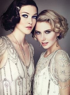 Love this 1920s style hair and make-up!