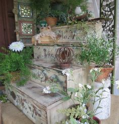 love these new old stairs ... from Timeless Treasures