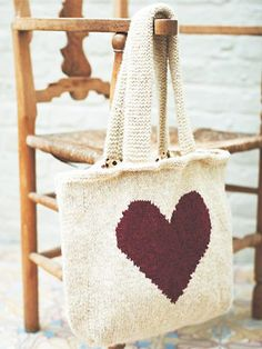 Additional Related Links: http://www.knitrowan.com/designs-and-patterns/patterns/love-heart-bag .. allaboutyou.com