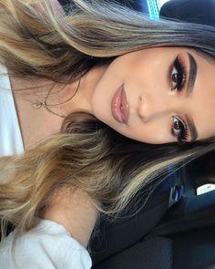 Salve a Imagem e Clique Maquiagem Perfeita: Curso de Maquiagem Online com Certificado! Kiss Makeup, Glam Makeup, Makeup Inspo, Bridal Makeup, Wedding Makeup, Makeup Inspiration, Makeup Tips, Eye Makeup, Hair Makeup