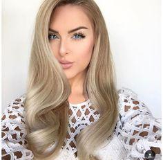 Quando você pinta seu cabelo de loiro, é normal que aconteça alguns imprevistos