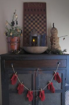 http://iloveprimitives.blogspot.com/