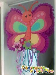 Linda piñata mariposa