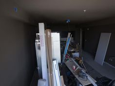 - HGTV Urban Oasis 2013 Living Room: Time-Lapse Construction Pictures on HGTV. Boston, MA, June 2, 2:05 p.m.