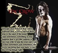 The Crow, one of the best love stories EVER! Movie Decor, Movie Props, Crow Movie, I Movie, Brandon Lee, Bruce Lee, Crow Costume, Crow Mask, The Crow