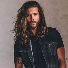 Long Curly Hair Men Long Straight Hair with Beard, Long Hairstyles for Men, Long Curly Hair Men, Easy Hairstyles For Long Hair, Ponytail Hairstyles, Hairstyles Haircuts, Haircuts For Men, Straight Hairstyles, Curly Hair Styles, Wedge Hairstyles, Everyday Hairstyles