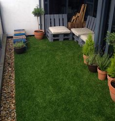 Beautiful Artificial Grass for Balcony