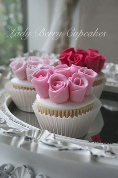 Lady Berry Rose Cupcakes  Mother's Day ?