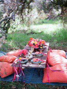 Bohemian Party Ideas Outside   bohemian style   Outdoor Party Reception Ideas