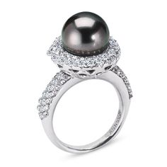@Hanna Picard how cute is this one its a black pearl!!!! #love #vannak #classy!!!