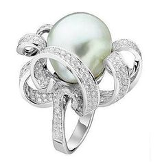 18k white gold Europe ring with diamond accents and pearl, Van Cleef & Arpels