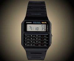 La famosa marca que creo el reloj calculadora, también lo sabe y ha vuelto a poner a la venta, el reloj que marco una época. El regalo original que puedes hacer a nostálgicos o niños para que disfruten como nosotros. #tecnología #complementos #moda #watch