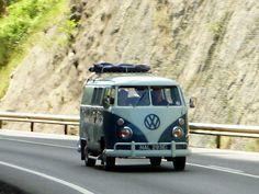 """Volkswagen bus """" haha omg a must have this van ! Vw Caravan, Vw Camper, Volkswagen Type 2, Vw T1, Transporter Van, Retro Surf, Short Bus, Vw Vintage, Combi Vw"""