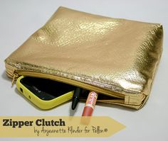 Fashion Fuse Design Challenge :: Zipper Clutch by @Pellon Projects