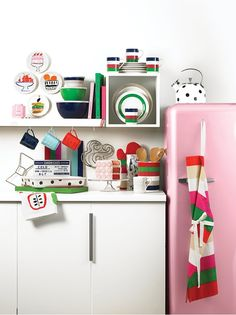 A few polka dots here, a splash of bold color there... kate spade new york's all in good taste collection is your go-to for giving your kitchen an oh-so-chic Spring refresh