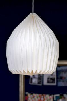 Cremefarbener Papierlampenschirm, gefaltet, Broste Copenhagen, blog.martha-s.de
